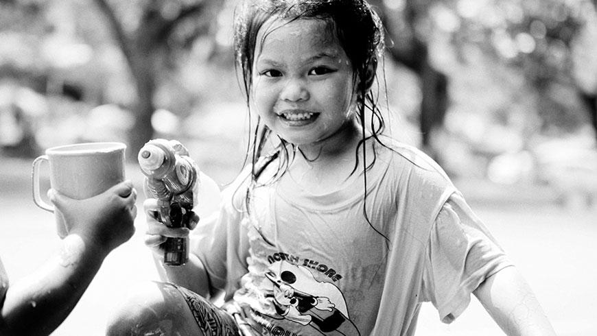 Kinder-Thailand-Kids-Songkran-Festival-11