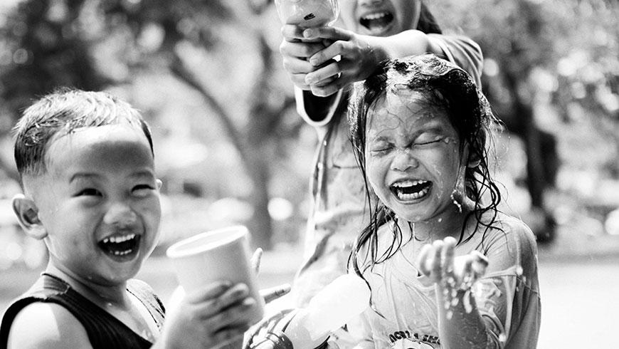 Kinder-Thailand-Kids-Songkran-Festival-12