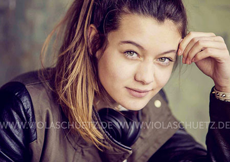 Youth-Fotoshooting-Lifestyle-commercial-Streetwear-fashion-Teens-outdoor-urban-Fotograf-Muenchen