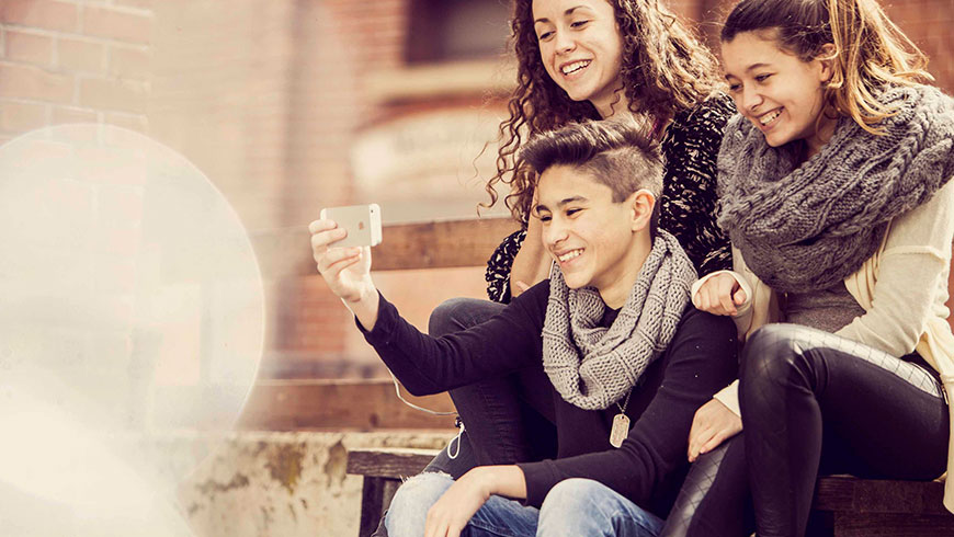 Youth-Photoshoot-Selfie-digitale-Medien-Kampagne-15