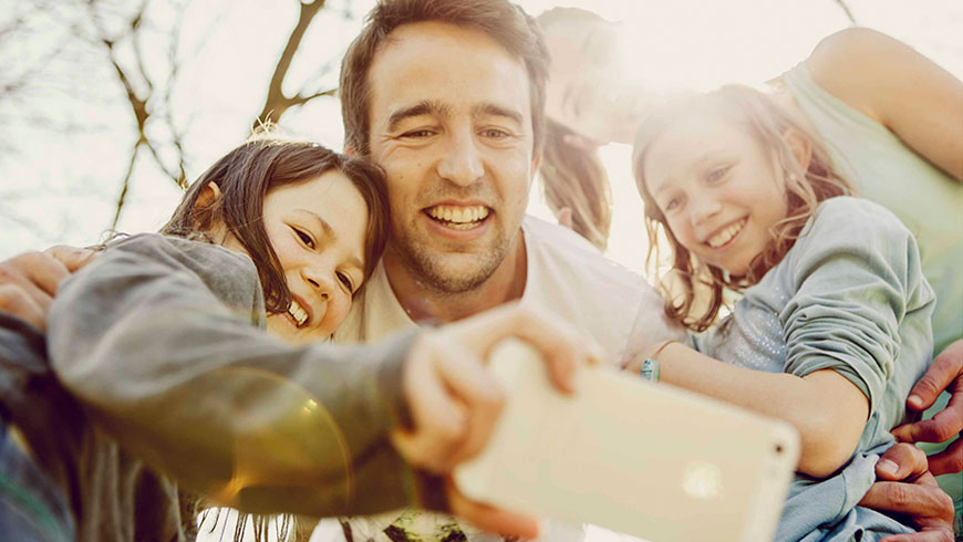 kids-family-lifestyle-photographer-selfie-campaign-02