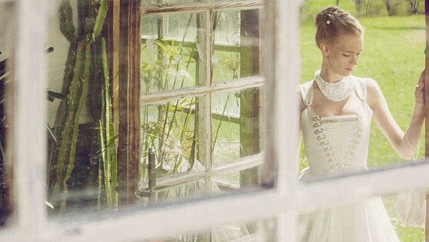 Brautkleid-Dirndl-Lookbook-Tracht-Fotokampagne-Lifestyle-viola-schuetz-06