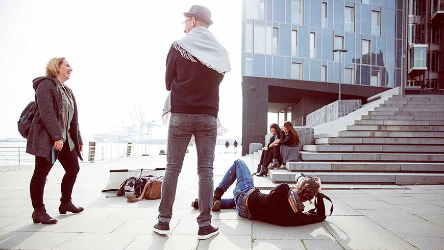 Hamburg-Lifestyle-fashion-photoshoot-making-of-behind-the-scenes-viola-schuetz-04