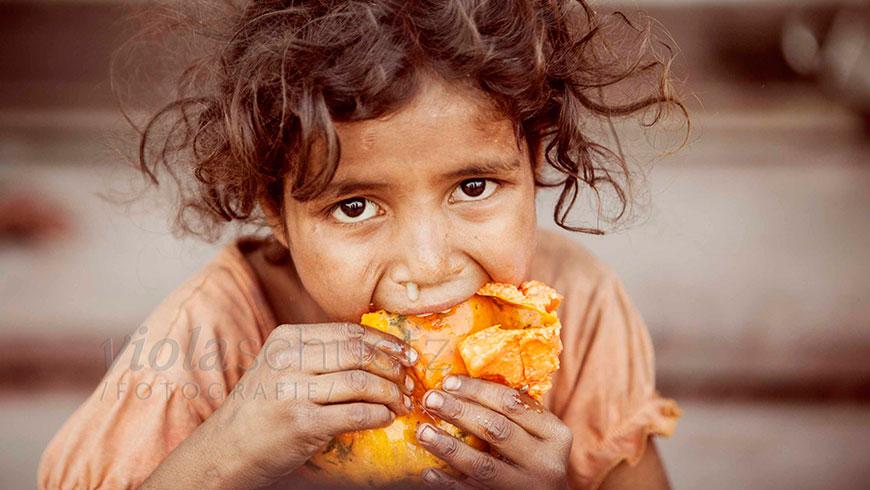india-portrait-hungry-children-picture-indien-bilder-hunger-Kinder-16