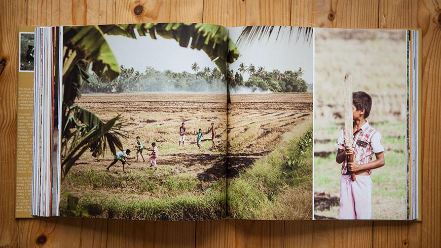 Buch-Bildband-Fotobildband-Fotobuch-Indien-India-14-children-cricket-Reisefotografie