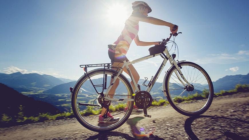 Treckingrad-Fahrrad-Bilder-Berge-Bayern-Oesterreich-Tourismus-Kampagne-Fotografie-Lifestyle-11