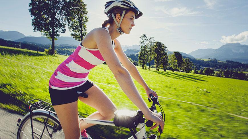 Treckingrad-Fahrrad-Bilder-Berge-Bayern-Oesterreich-Tourismus-Kampagne-Fotografie-Lifestyle-16