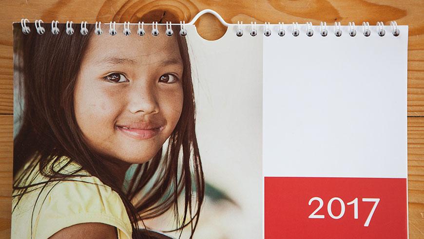 terre-des-hommes-Kalender-maedchen-portrait-Vietnam-Kind-Child-tdh-50-jahre-jubilaeum-02